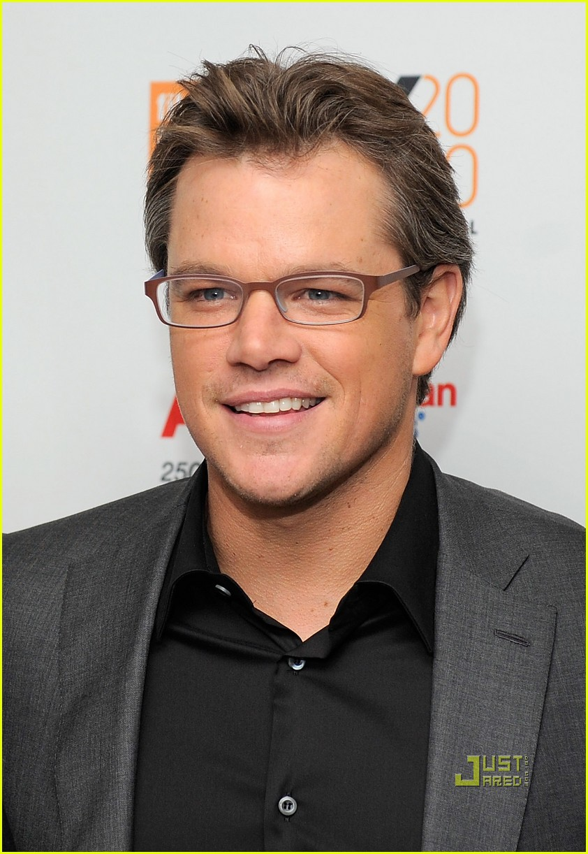 matt damon hereafter premiere with luciana 01