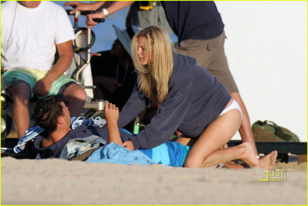 brooklyn decker battleship camerawoman 022487593
