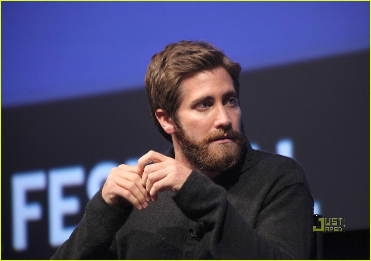 jake gyllenhaal beard - photo #26