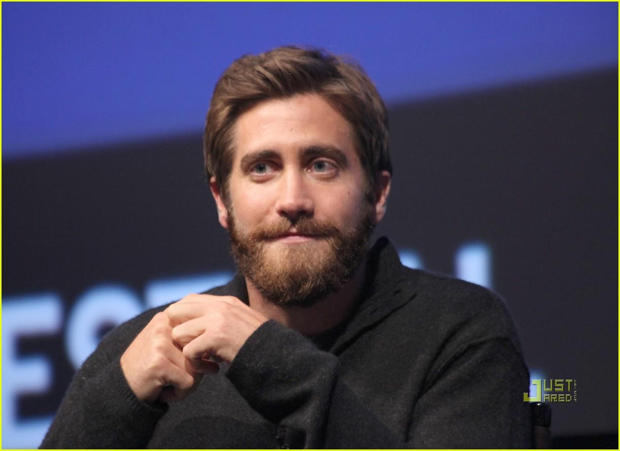 jake gyllenhaal beard - photo #13