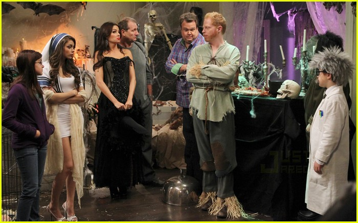 modern family halloween episode 09