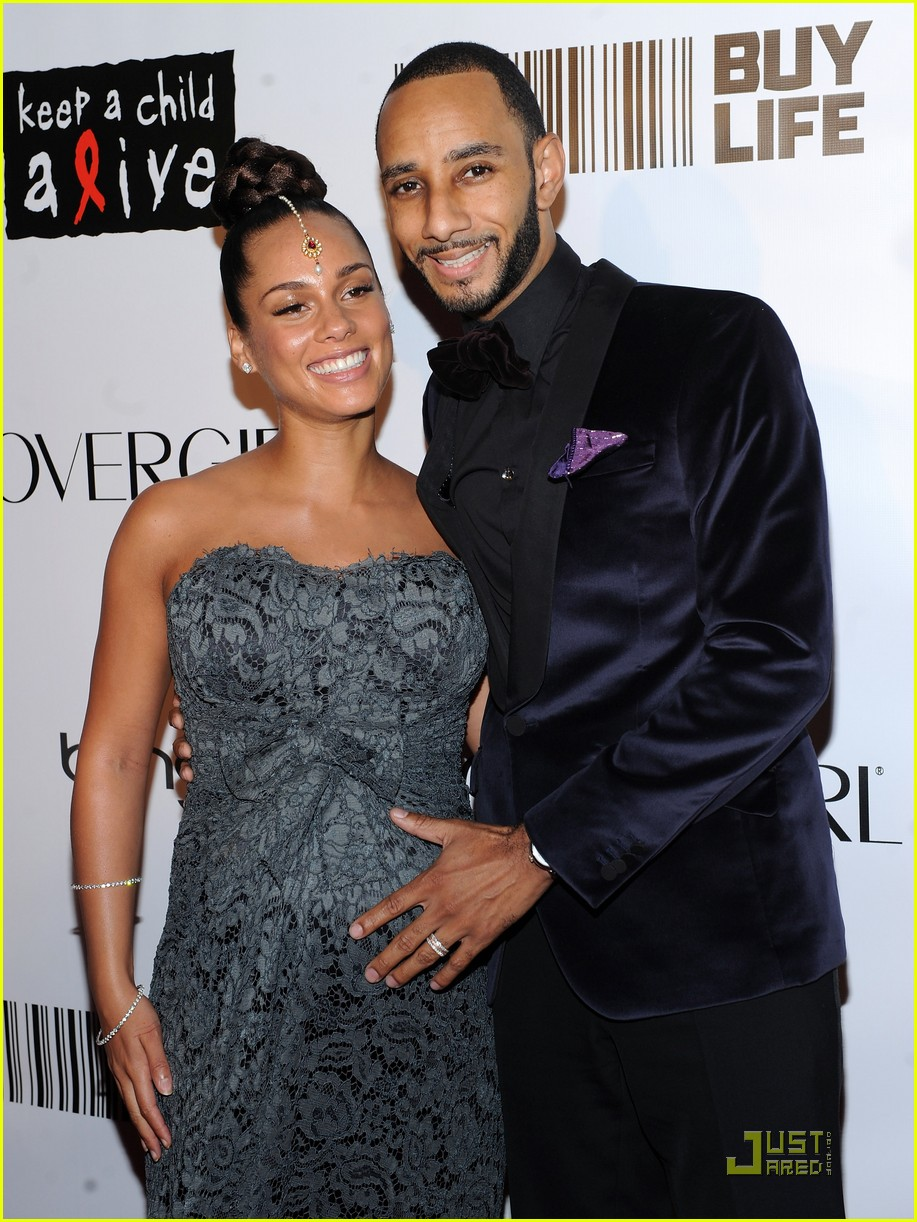 Alicia Keys Baby Bump at the Alicia Keys Baby