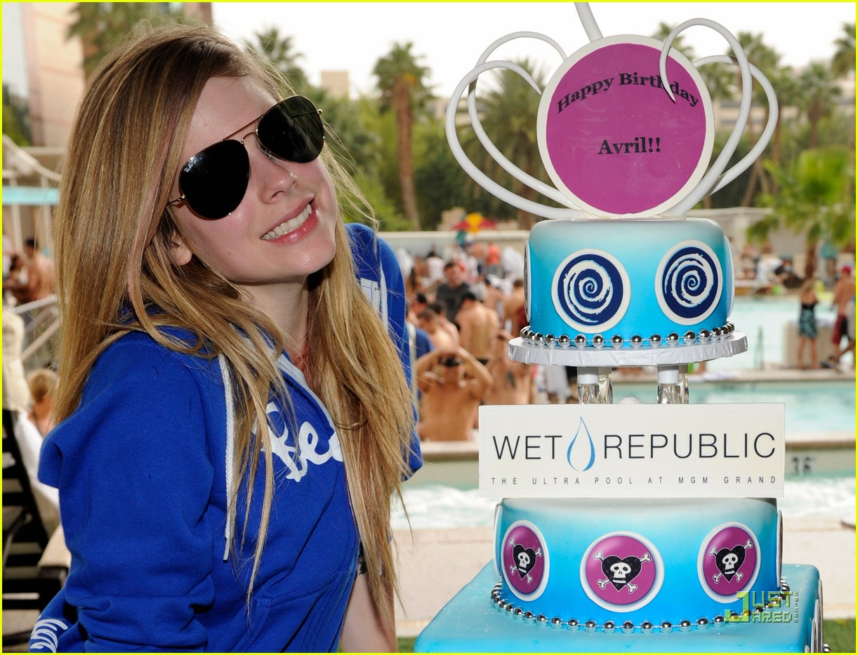 avril lavigne birthday 05