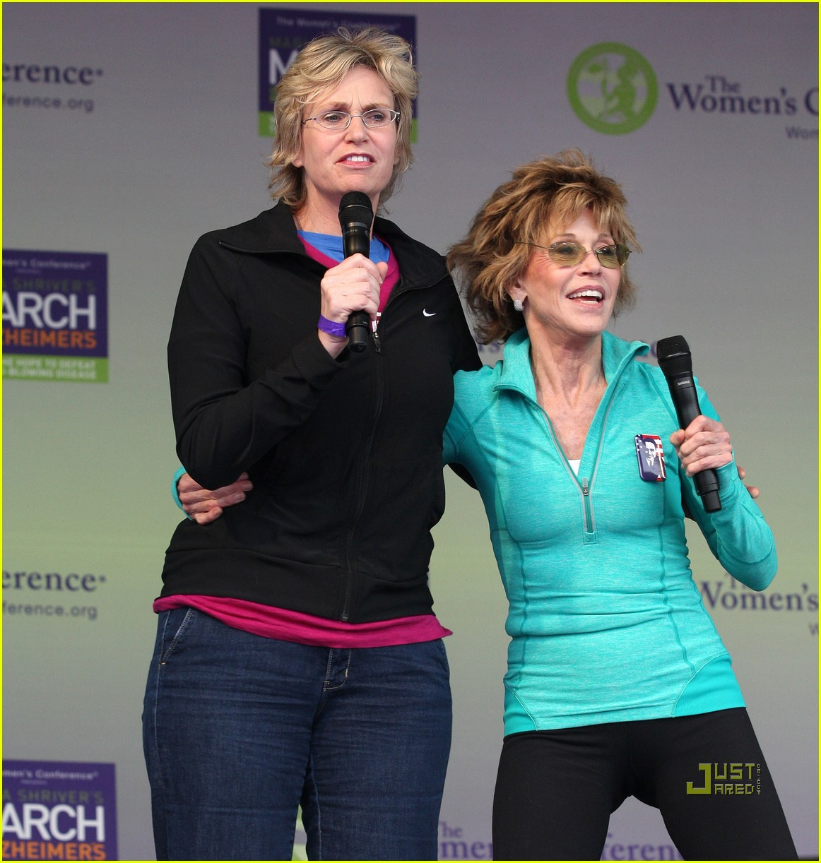 jane lynch gets physical with jane fonda 082490037