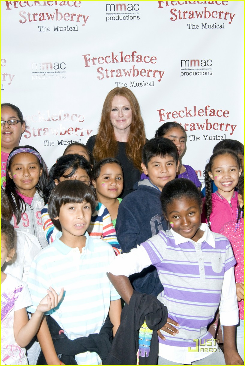 moore strawberry premiere 04