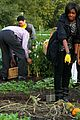 michelle obama white house kitchen garden fall harvest 07