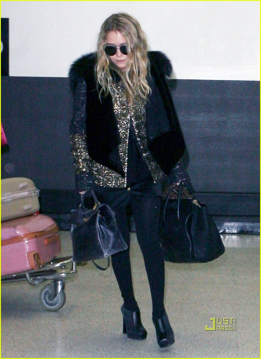 mary kate ashley olsen lax 04