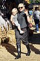 gwen stefani pumpkin patch playtime with zuma and kingston 15