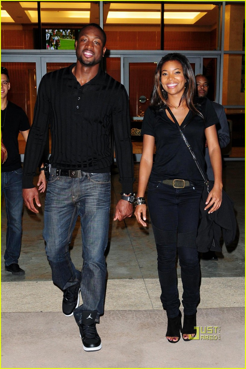 dwyane wade gabrielle union football fanatics 052486561