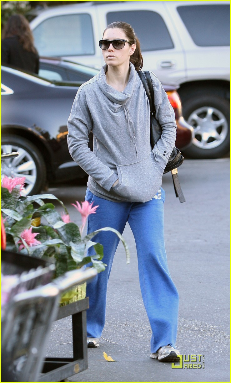 jessica biel whole foods shopper 012499618