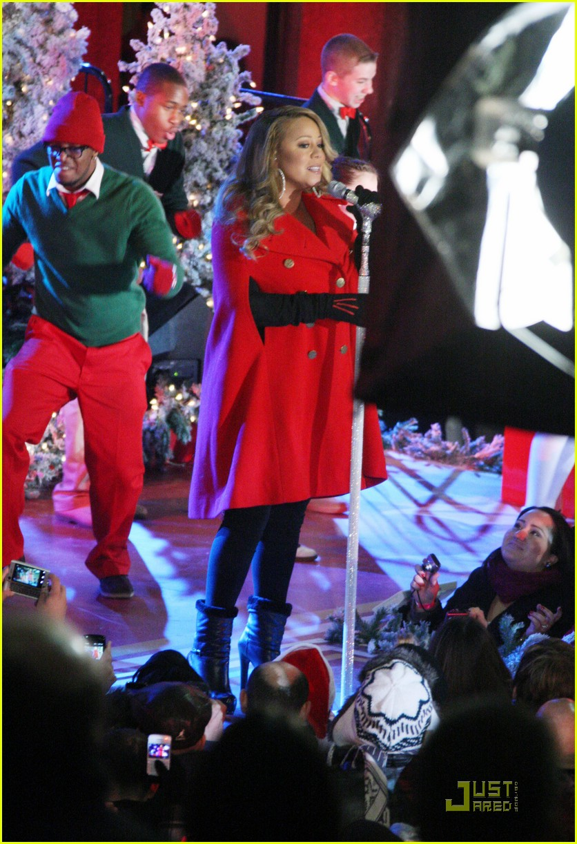 mariah carey snoopy 102496990