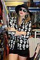 kesha skulls and crossbones on crown street 07