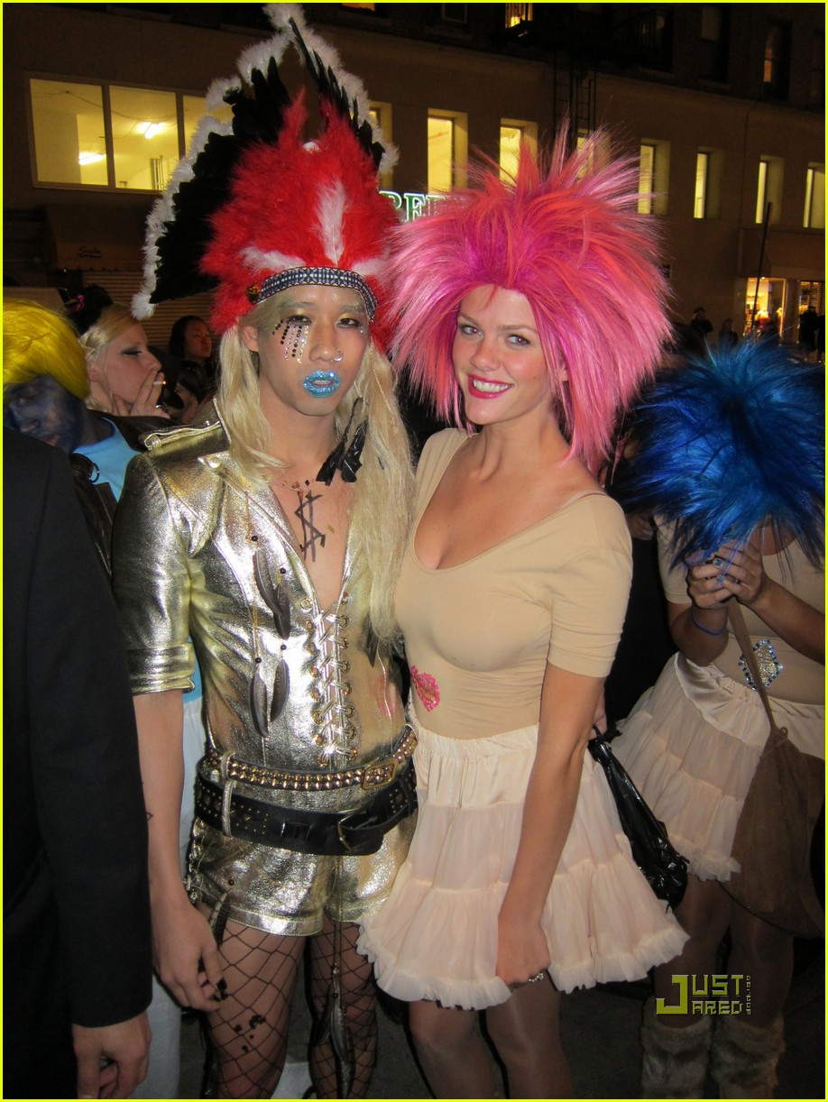 heidi klum halloween party with keha photo 2491938 brooklyn decker chrissy teigen heidi klum jared eng kesha kim kardashian lorenzo martone - Halloween Parties Brooklyn