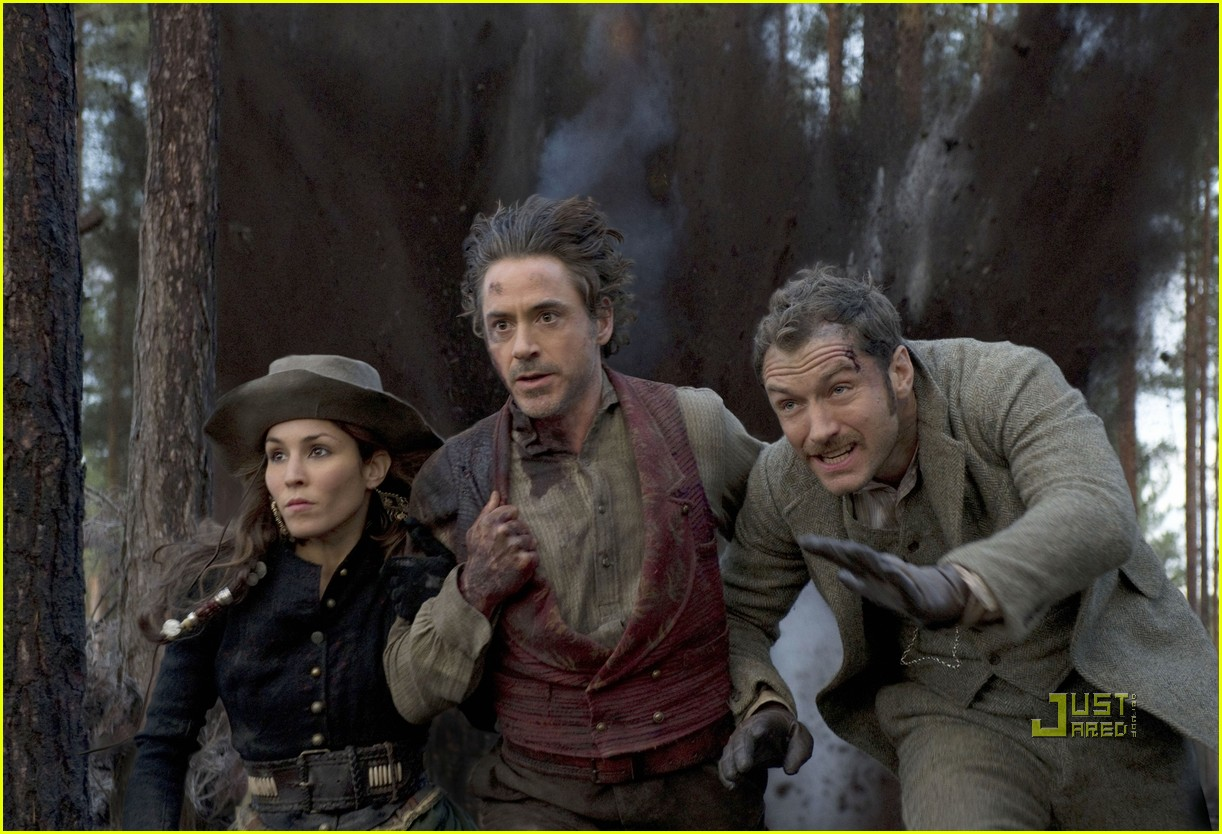 jude law robert downey jr sherlock holmes still 02