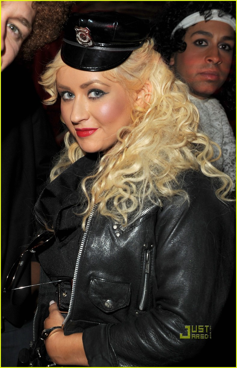 matthew morrison birthday party christina aguilera glee guys 05