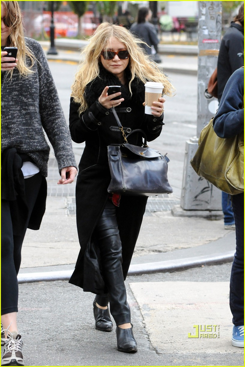 mary kate olsen warms up with a coffee 06