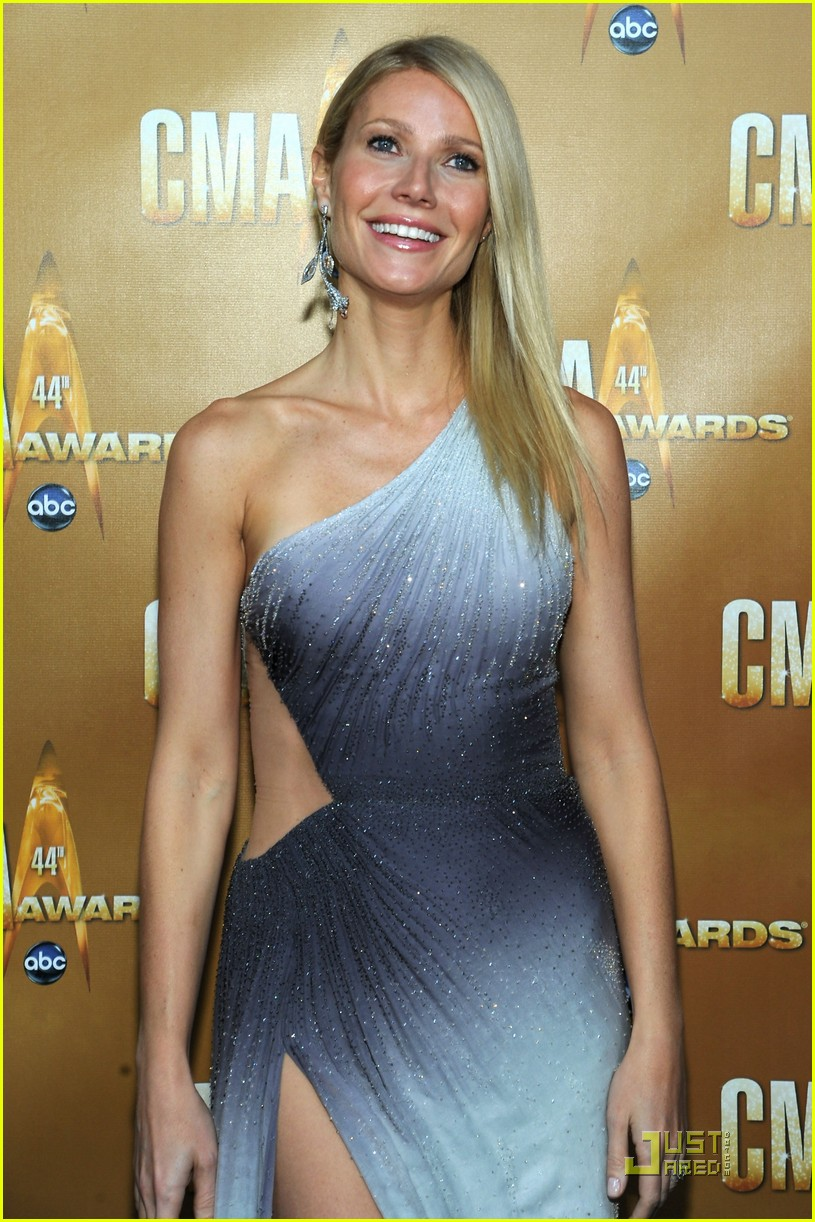gwyneth paltrow cma 03