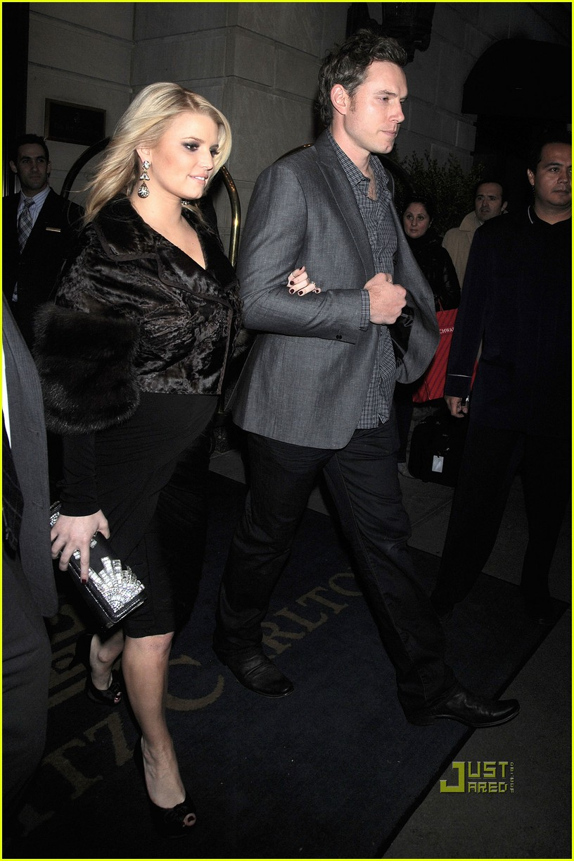 jessica simpson eric johnson date night in nyc 06