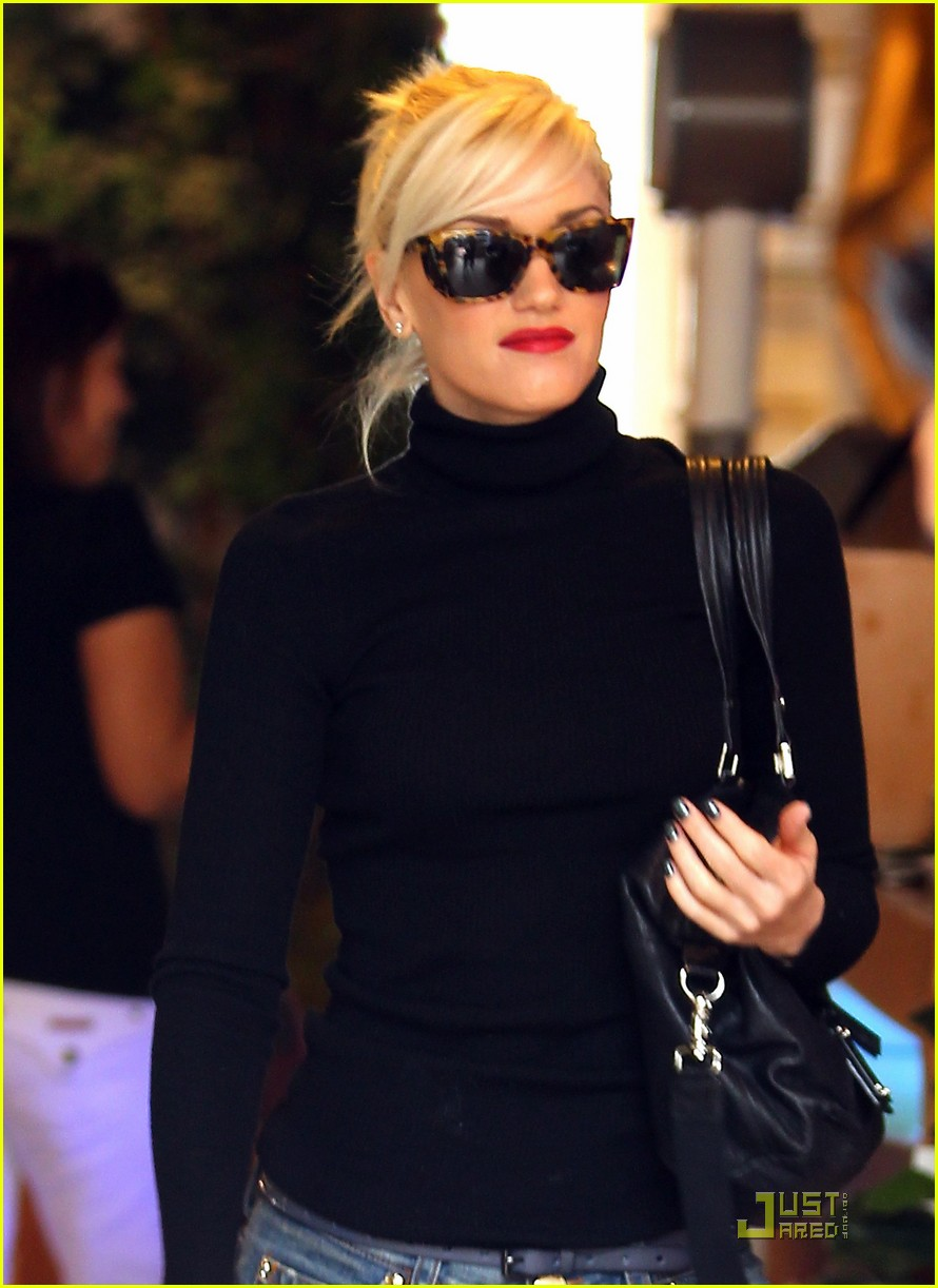 gwen stefani kingston manicure 012498956