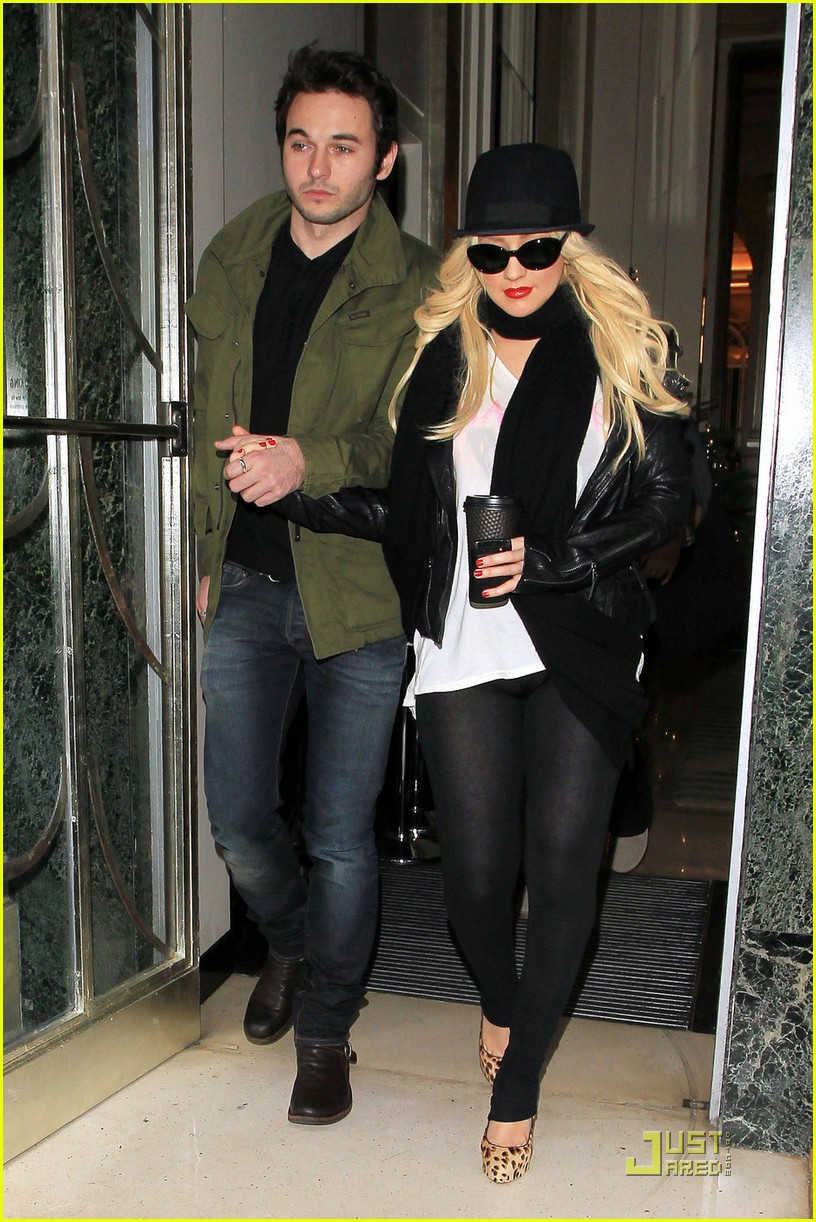 christina aguilera matt rutler london 06