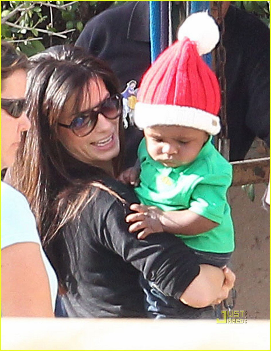 sandra bullock louis christmas party 042503027