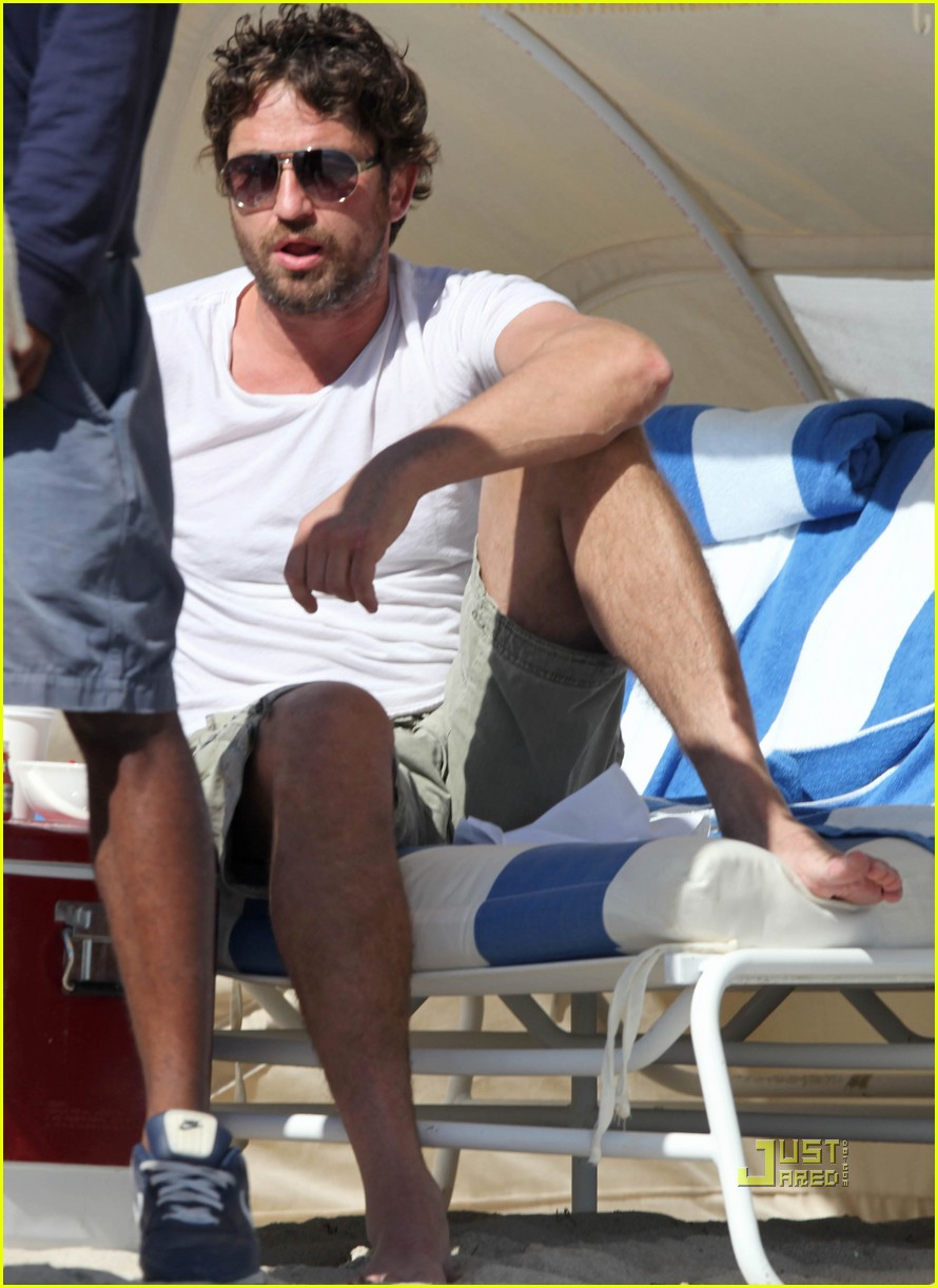 gerard butler south beach 01