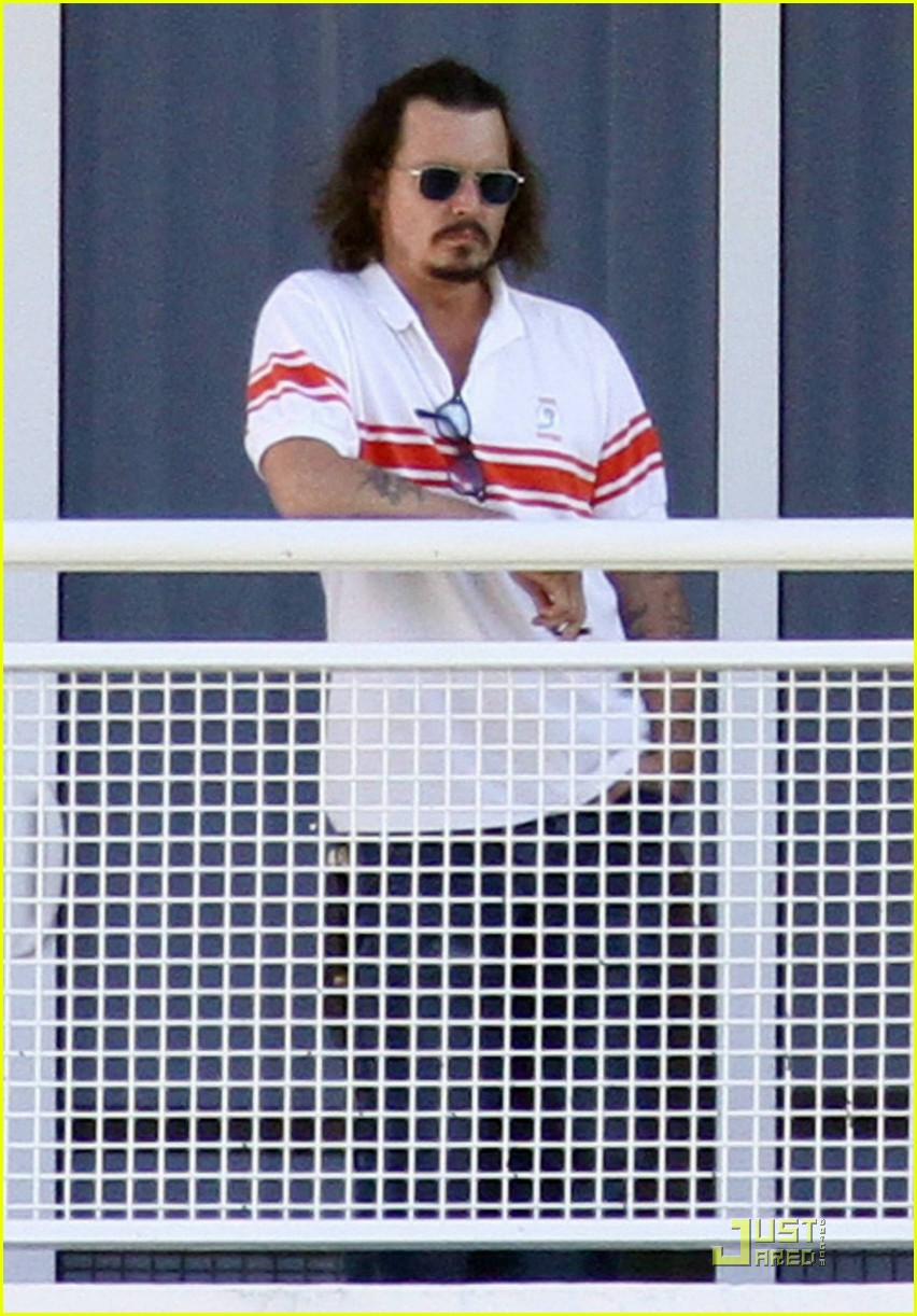 johnny depp dolphins life 09