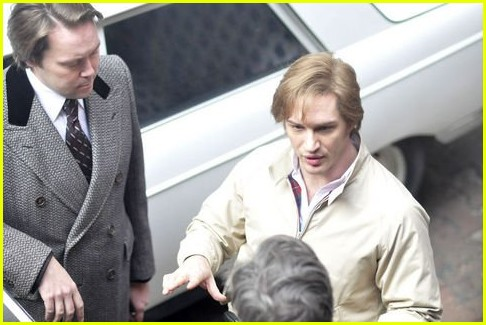 tom hardy shirtless tattoos tinker tailor soldier spy 02