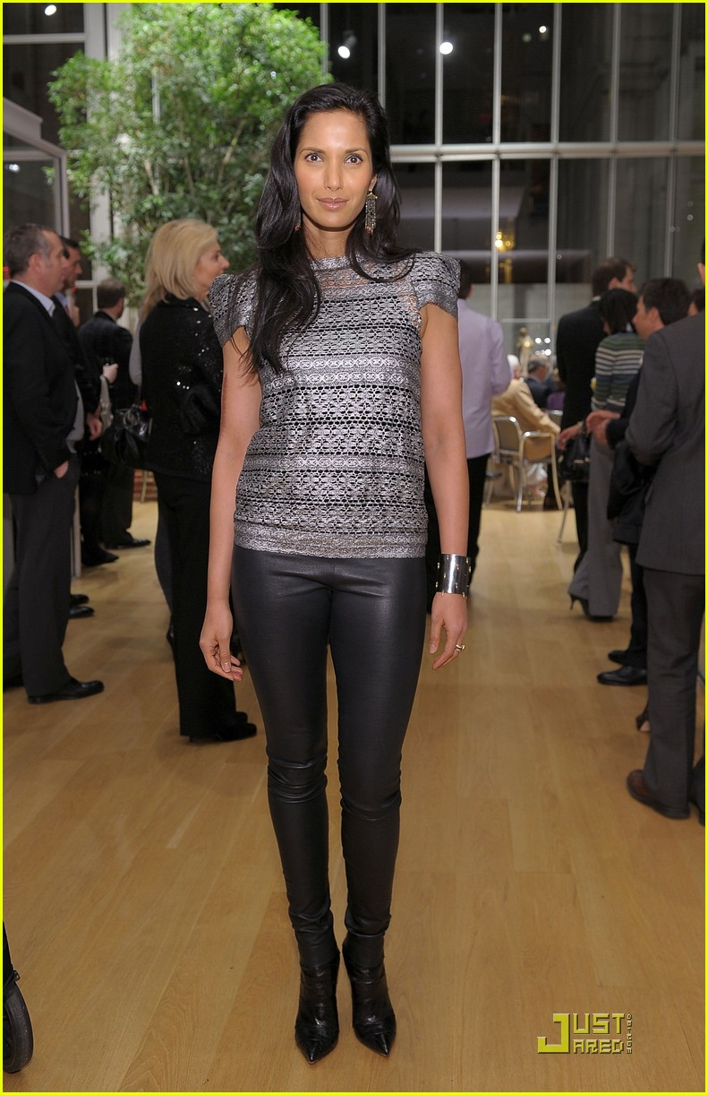 padma lakshmi supports the endometriosis foundation of america 012505602