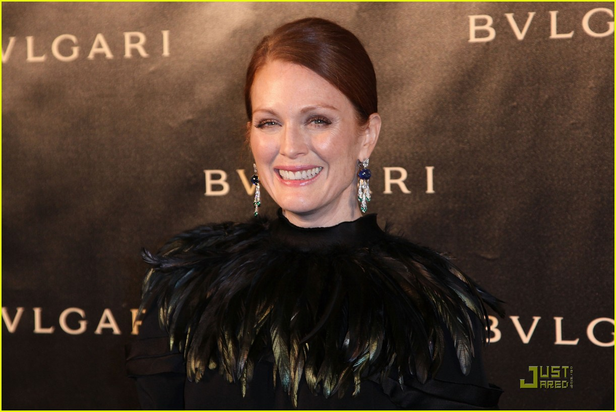julianne moore bulgari 15