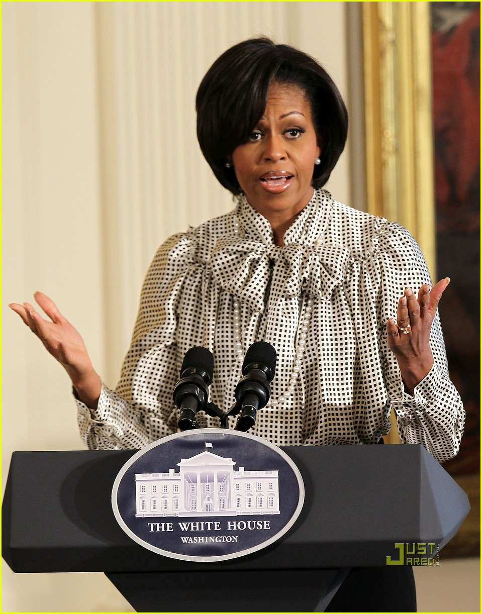 michelle obama toys for tots 08