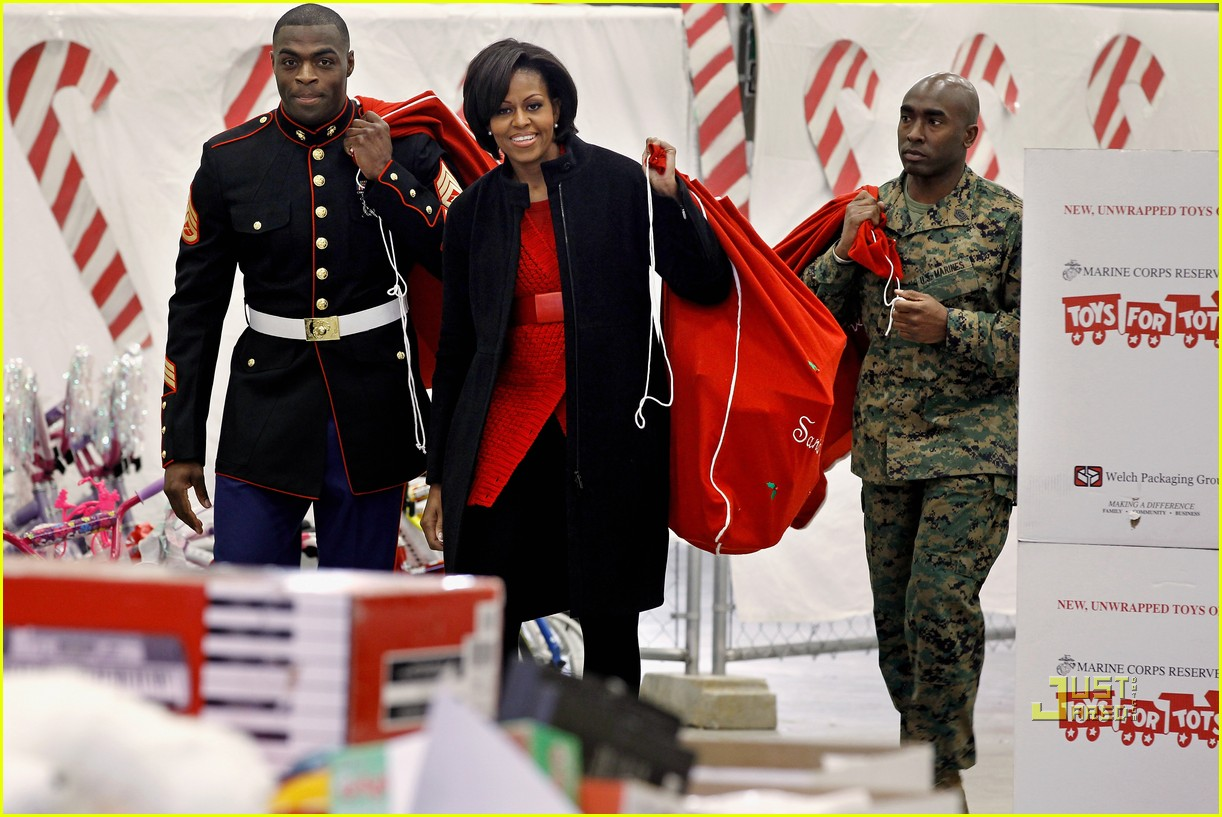 michelle obama toys for tots 13