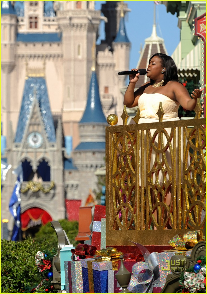 amber riley magic kingdom debby ryan 02