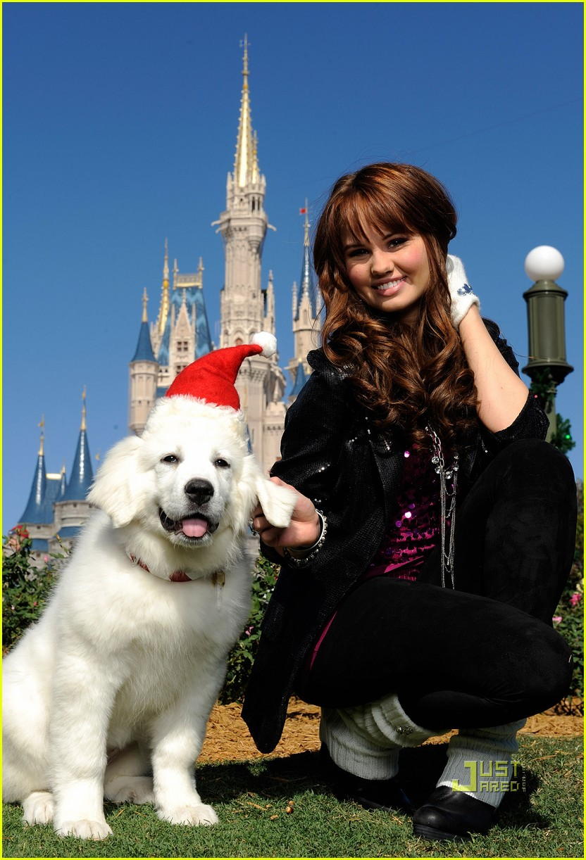 amber riley magic kingdom debby ryan 052500330
