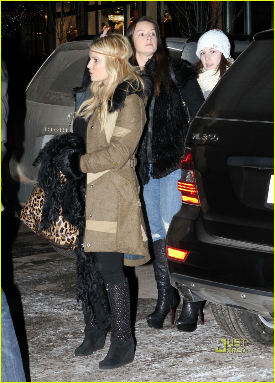jessica simpson aspen colorado 11