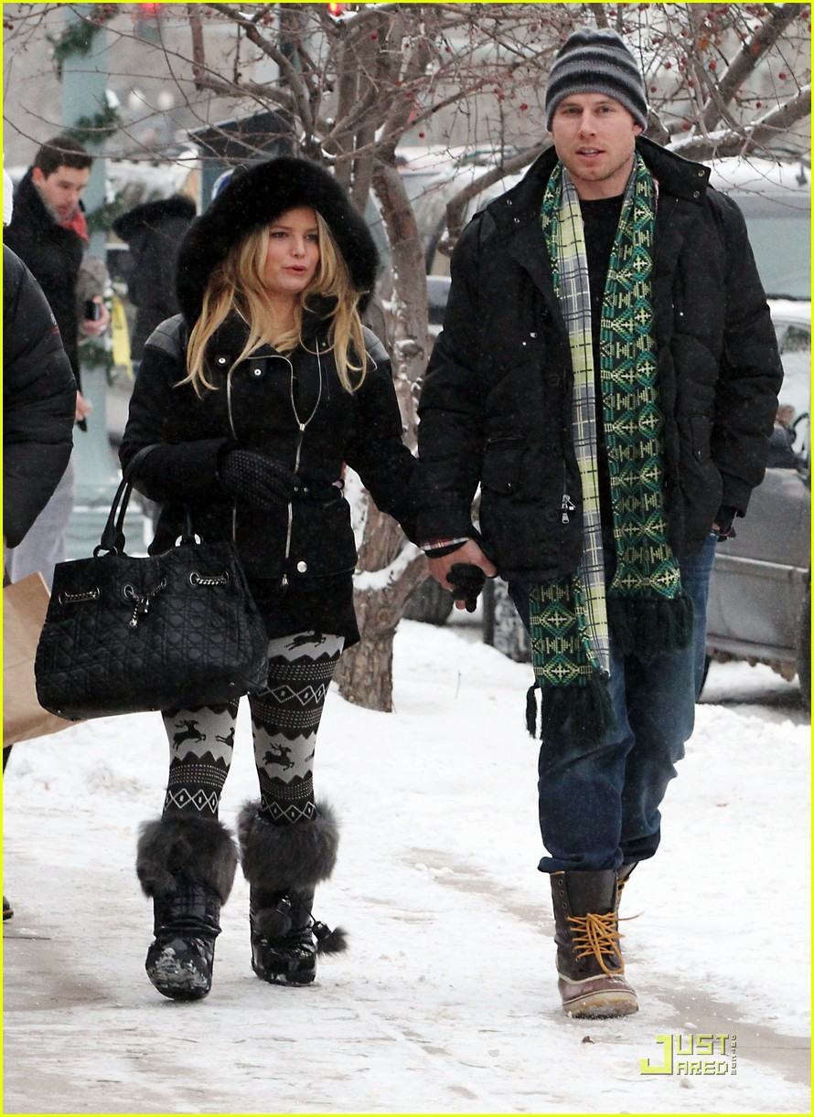 jessica simpson eric johnson snow 07