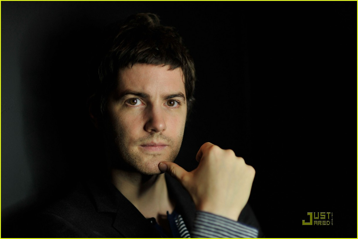jim sturgess portraits 09