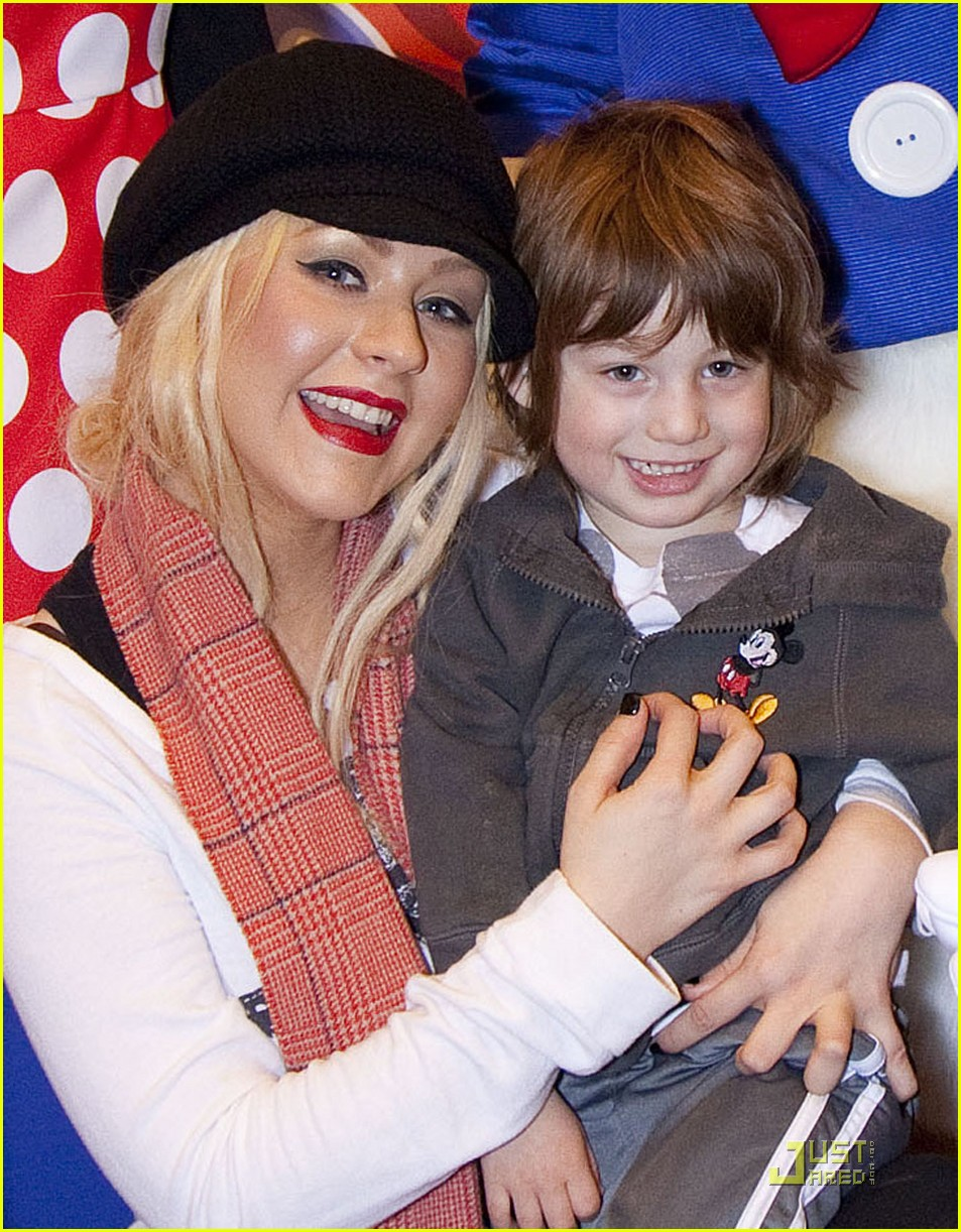 Photo of Christina Aguilera & her Son  Max Liron Bratman