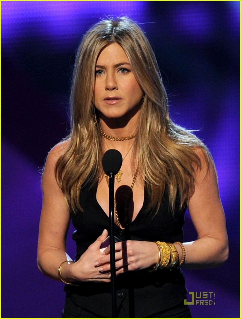 jennifer aniston pcas 04