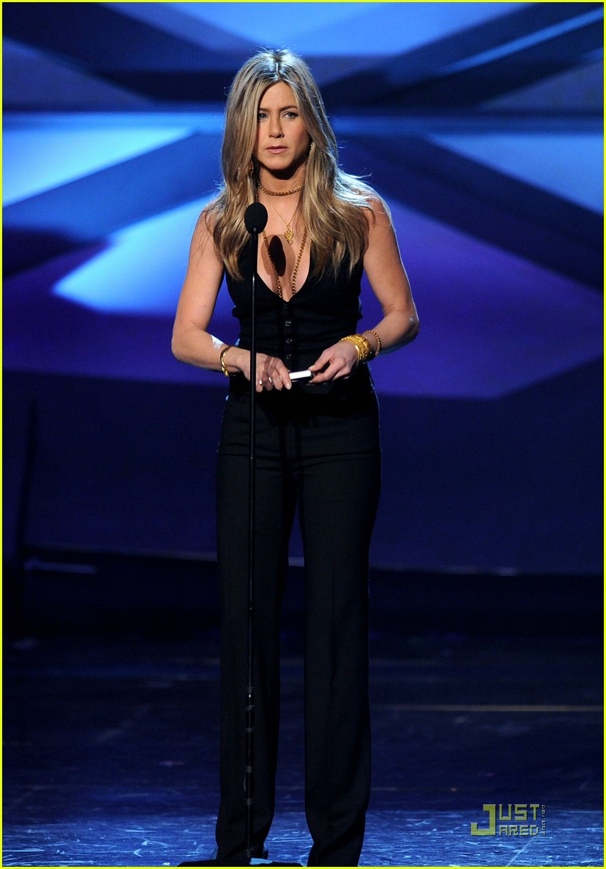 jennifer aniston pcas 11