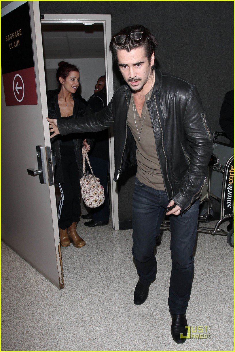 colin farrell arriving in los angeles 012509036