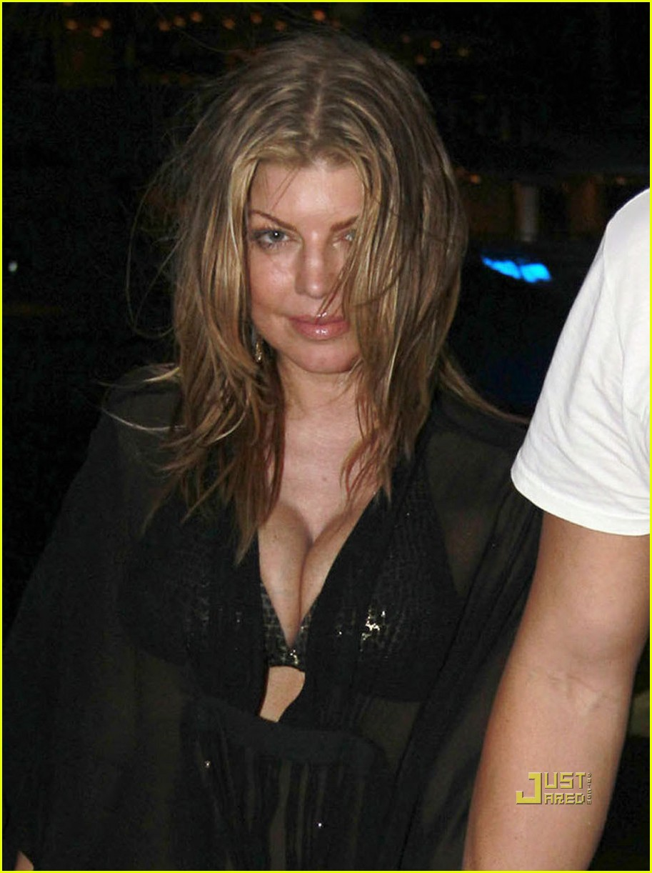Full Sized Photo of fergie sheer coverup with josh duhamel ... Josh Duhamel