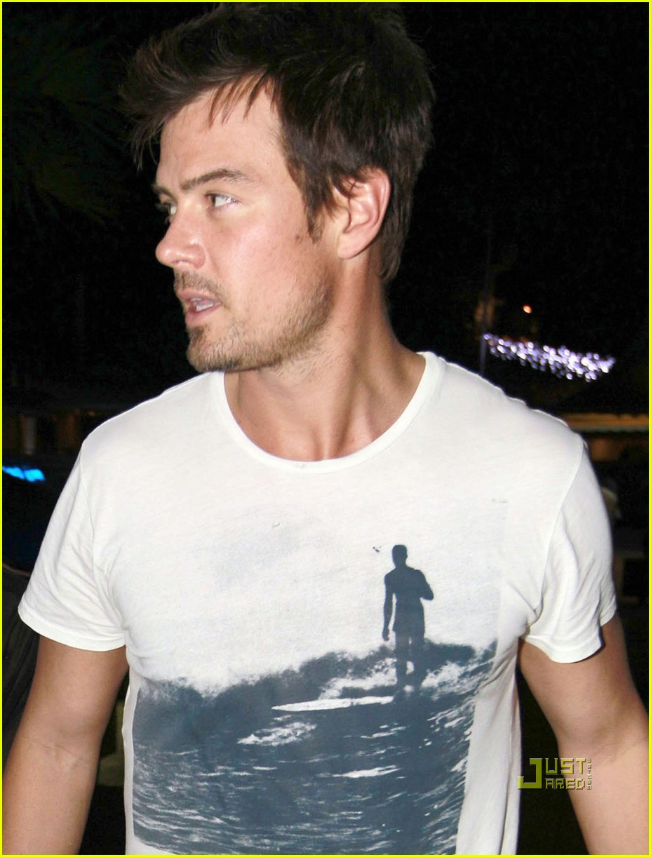 Full Sized Photo of fe... Josh Duhamel