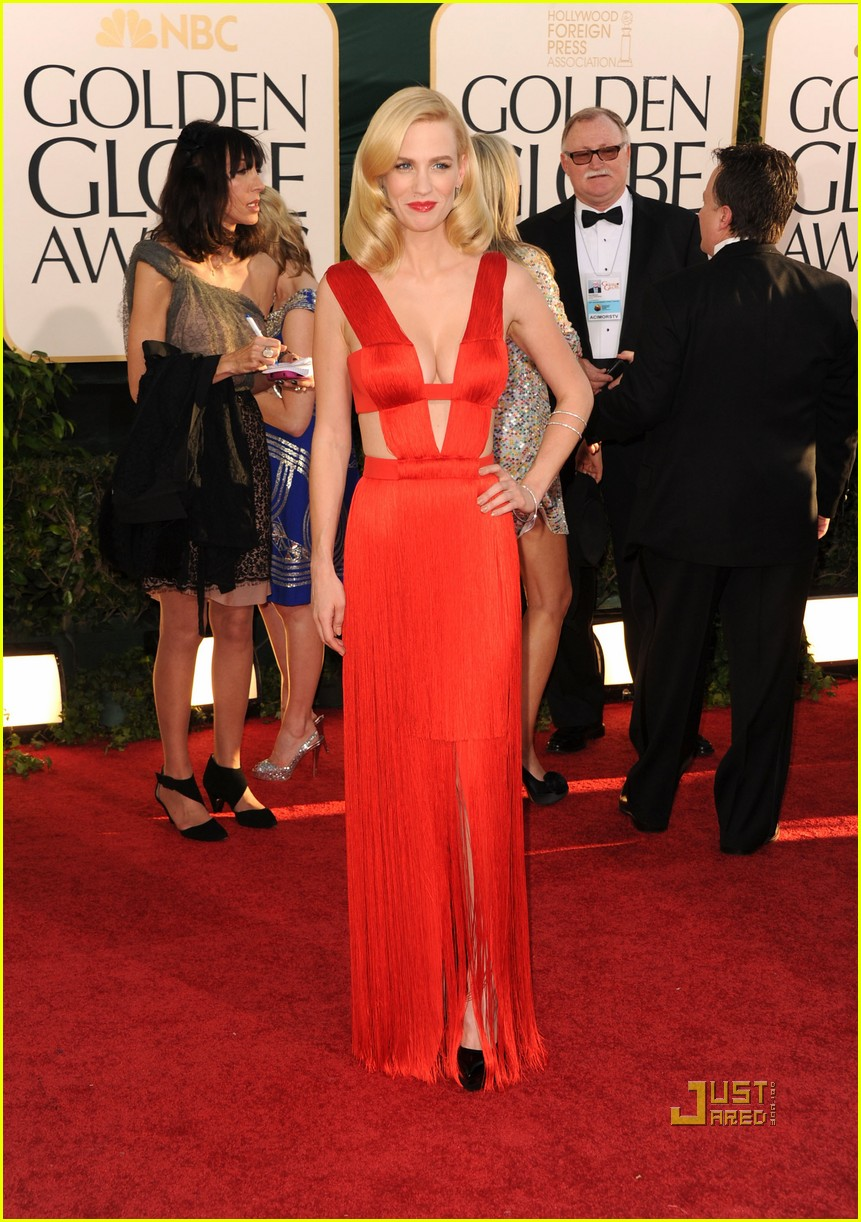 january jones 2011 golden globes 03