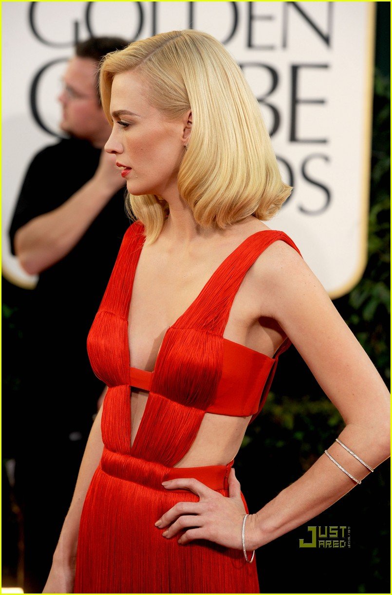 january jones 2011 golden globes 10
