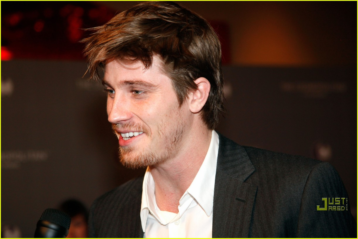 rashida jones garrett hedlund new couple alert 02
