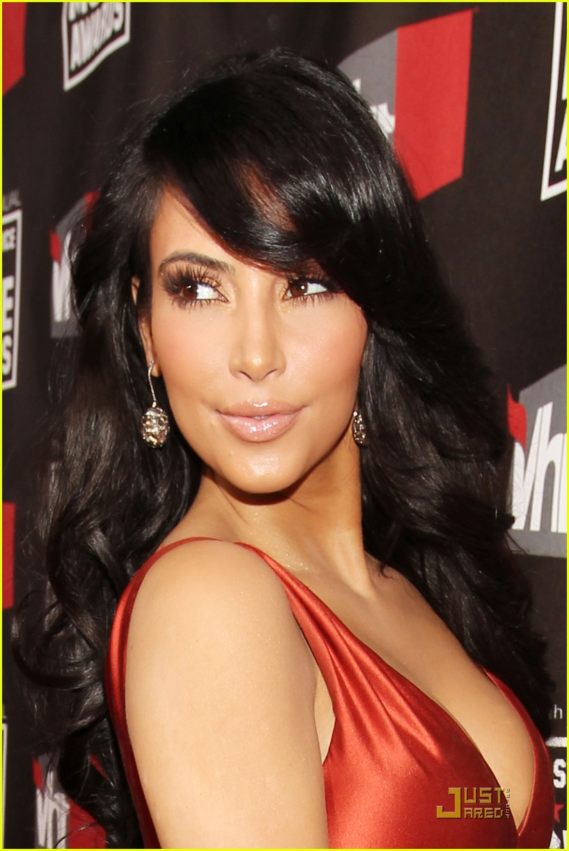 kim khloe kardashian critics choice 08