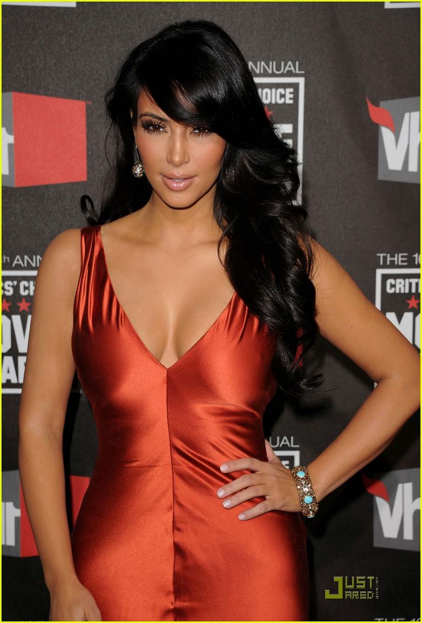 kim khloe kardashian critics choice 15