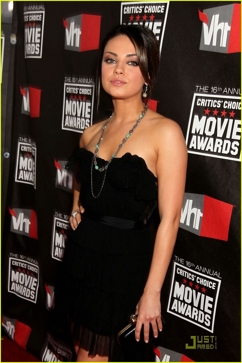 mila kunis critics choice 18