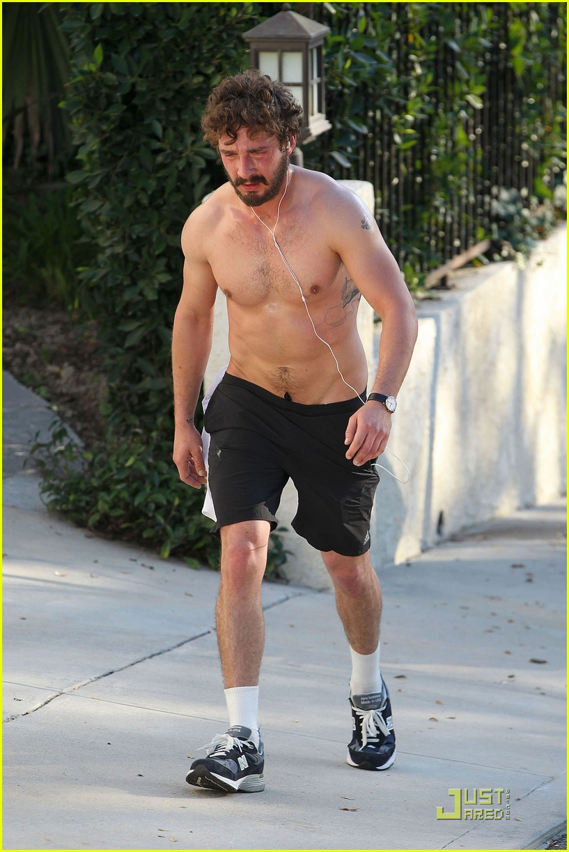 shia labeouf shirtless run 01